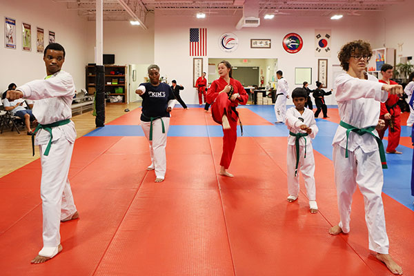 family taekwondo classes